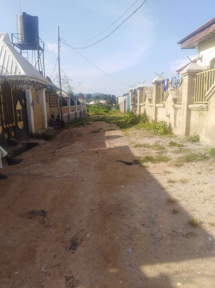 WELL FENCED HOUSE FOR SALE IN KUJE ABUJA 0