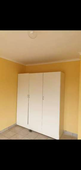 1 & 2 Bedroom flats available for Let At Tabriz building