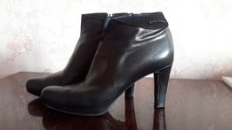 Продам женские ботинки, б/у, р. 40, Giorgio Fabiani, Италия