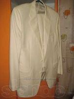 Классический светлый мужской костюм Mackentosh Studio для торжества