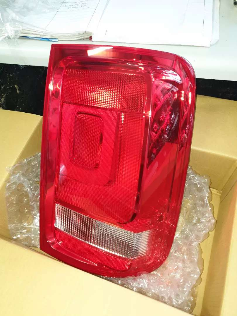 Amarok right rear tail light for sale 0