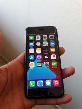 This cellphone is spotless running ios 14.   whatsap only