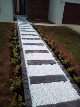 We install paving