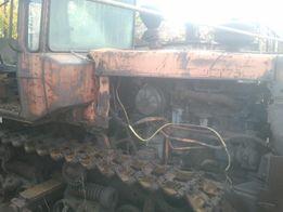 Трактор ДТ 75 бульдозер .