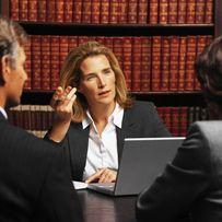 Юрист адвокат юридические услуги купля продажа кредит lawyer