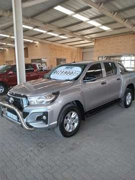 Toyota hilux 2.4 gd6 automatic
