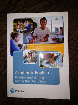 Academic English : Reading and Writing Across Disciplines