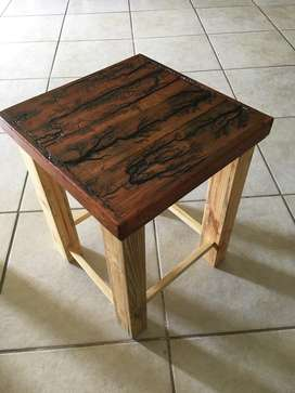 Rustic Side Table 400x400x550 Hight