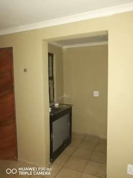 Room available for rental in Crystal park Benoni