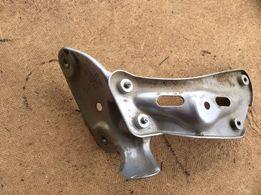 кронштейн крила шкода октавія А-5 2008р.