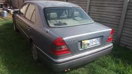 C220 Mercedes Benz breaking for spares
