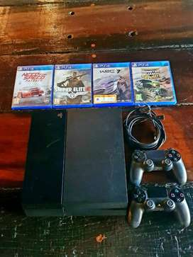 PLAY STATION PS4 500 MB