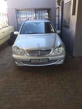 2005 M/Benz  C200 station wagon still great condition with a FSH