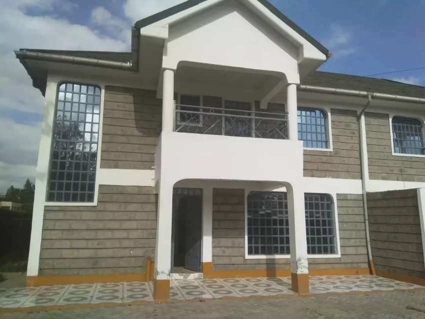 Thome 4br Maisonette to let 0