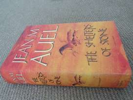 The Shelters of Stone Novel by Jean M. Auel - Hardcover