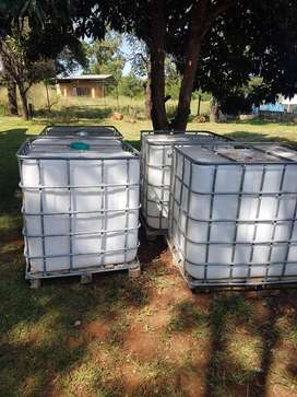 1000L Water Tanks