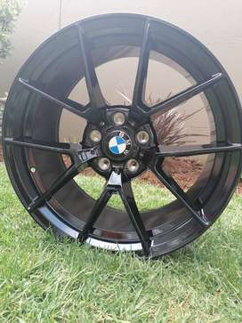 19 INCH BRAND NEW BMW MAGS CLEARING SALE