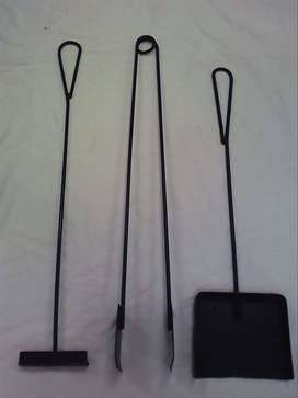 BRAAI EQUIPMENT: FIRE PLACE TOOLS, WOOD STANDS, GRID STANDS, BOMAS