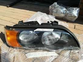 BMW E53 RIGHT SIDE HEADLIGHT FOR SALE