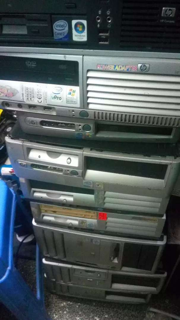 Cpu HP  clearance stock 1gb/40gb at 2500 0