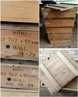 5x wooden ammo boxes (250 for all)