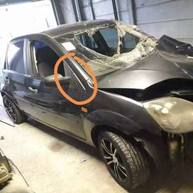 Ford fiesta 2007 breaking for spares