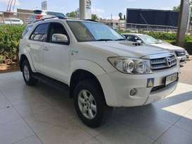 2010 Toyota Fortuner 3.0d-4d R/b 4x4 for sale in Mpumalanga