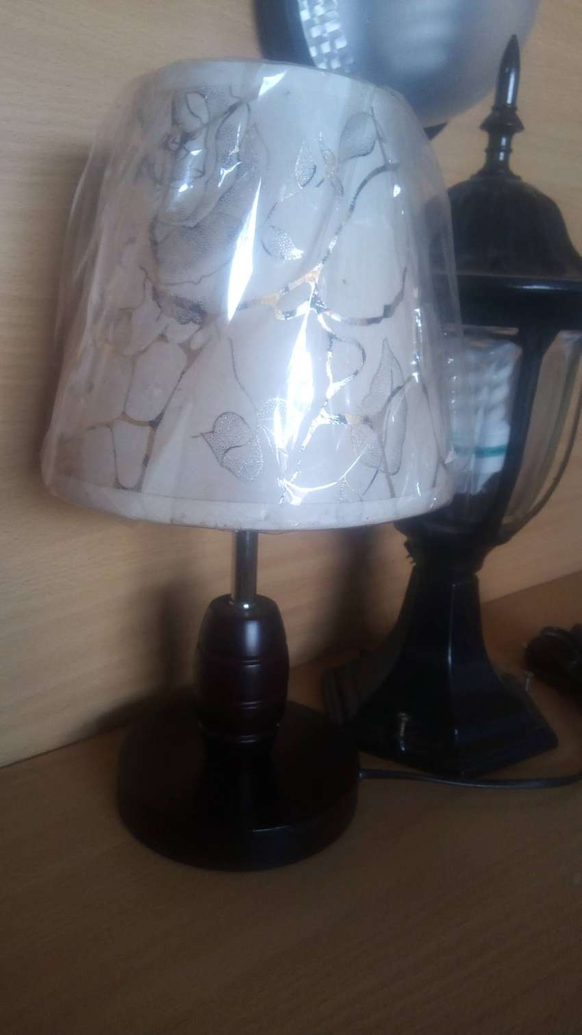 TABLE LAMP 0
