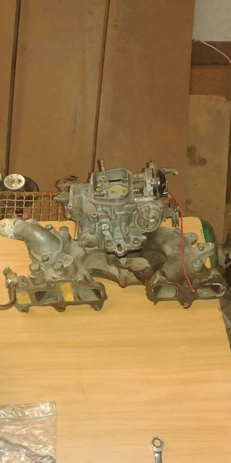 Toyota 21R/22R carb with intake manifold 0