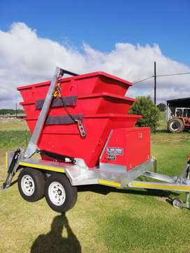 Mini skip trailer with 3bins