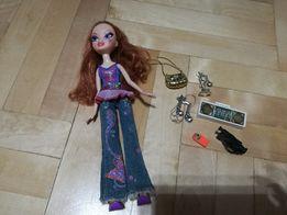 Lalka Barbie z muzycznymi akcesoriami