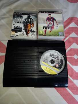 PS3 with 7 games and wireless controller