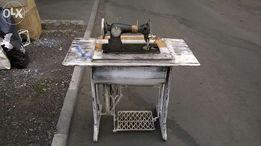 Швейнная машинка станина деревянная