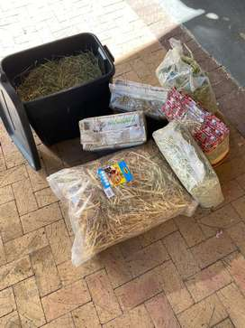 Staw/ oat hay/ timothy hay for rabbits, guinea pigs