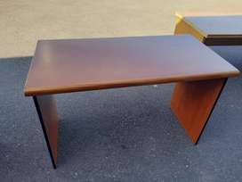 Cherrywood Desk without Drawerd