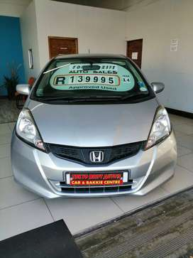 2014 HONDA JAZZ 1.3 COMFORT CVT WITH ONLY 90534KMS