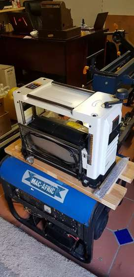 JET Thicknesser and Planer with Extra Blades