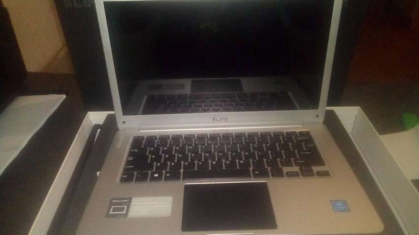 ILife Zed Air Laptop 0