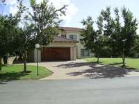 Image of House in Equestrian, Boating and Golfing Estate - Harbeepoort Dam