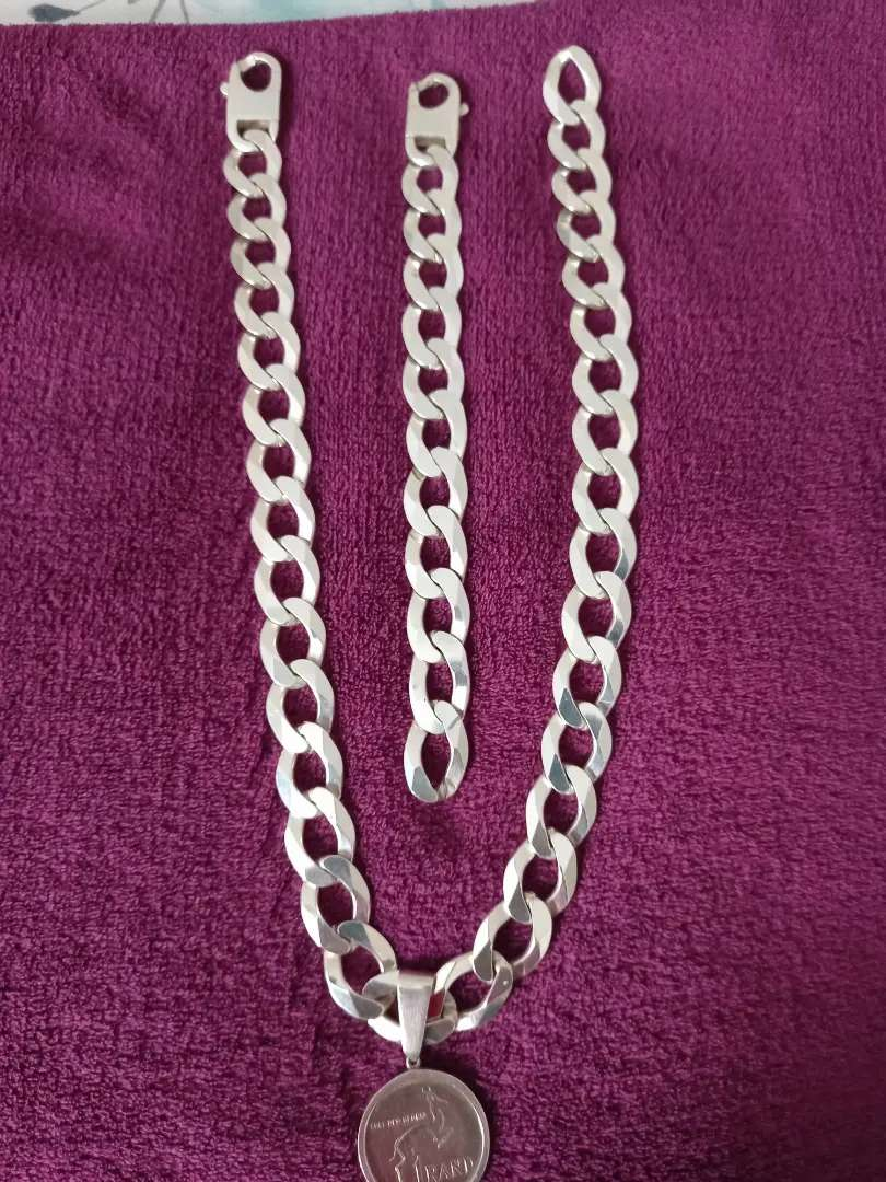 18mm chain and bracelet