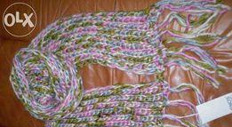 Продам новый красивый шарф крупной вязки.