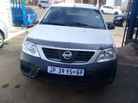 2019 Nissan Np200 1.6i Bakkie with a Canopy