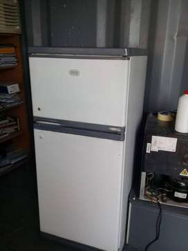 Used Defy Fridge in good working condition