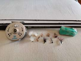 "Pioneer fly fishing kit 8'0"" #5/6 fly line. Rod, Reel, Line and Flies"