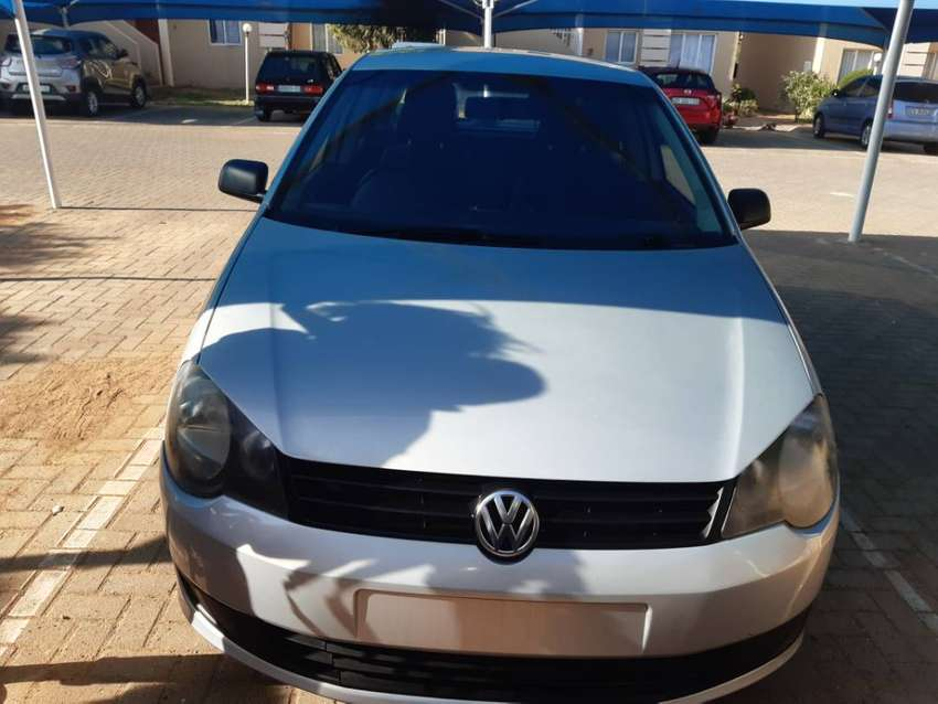 Polo vivo for sale ,2011 model,with airbag intact and perfect engine . 0