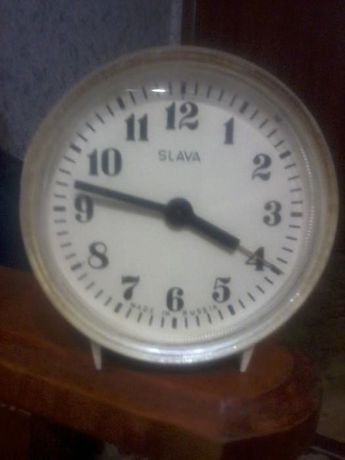 Годинник механ.настільний