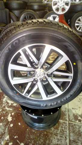 """Toyota Fortuner/Hillux 18""""Mag/Tyre for Spare wheel."""