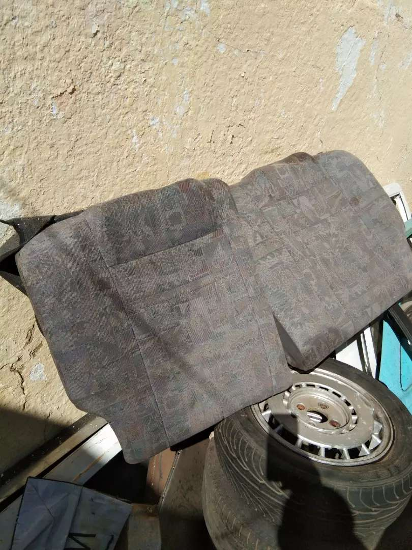 Toyota Tazz rear back seat in perfect condition 0