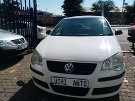 VW polo bujwa1.4 Engine capacity