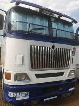International 9800i horse, manual, 2007 model, isx engine for sale,Neg